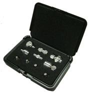 图4. 可自由切割的小盒用于放置各种射频转接器